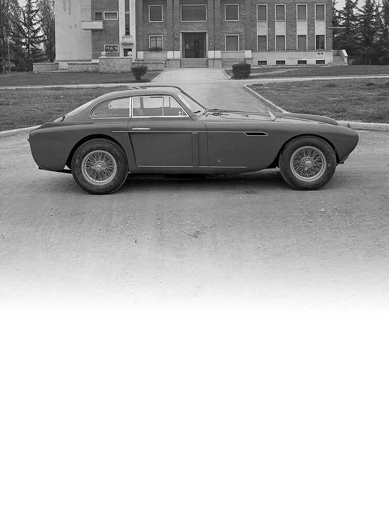 Ferrari 340 mexico: Resounding success in the 1951 Carrera Panamericana convinced Enzo Ferrari to create this car.